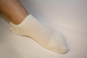 hvit-kort-bambusa-sokk